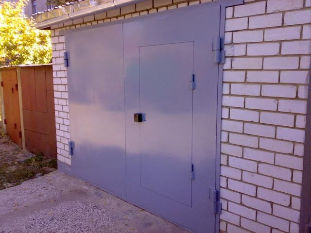 стоимость гаражной металлической двери